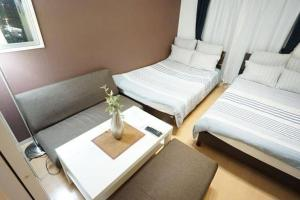 Apartment in Nipponbashi 516483