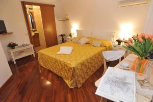 Domus Pellegrino 166, Guest houses  Rome - big - 12