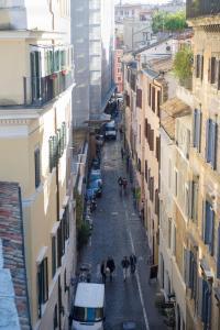 Domus Pellegrino 166, Guest houses  Rome - big - 15