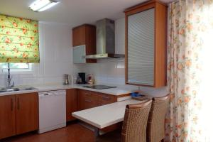 Villa Cabrera, Villen  Miami Platja - big - 33