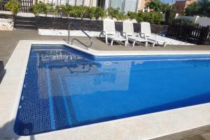 Villa Cabrera, Ville  Miami Platja - big - 40