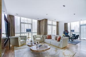 Driven Holiday Homes - City Walk - Quartz - Dubai