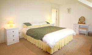 Honeysuckle Lodge, Дома для отпуска  Клифден - big - 23