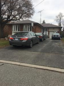One Bedroom Basement Apartment in North York, Apartmány  Toronto - big - 2