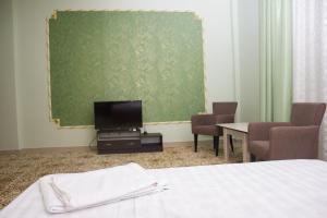 Villa Hotel, Hotely  Taraz - big - 12