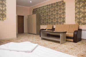 Villa Hotel, Hotely  Taraz - big - 15