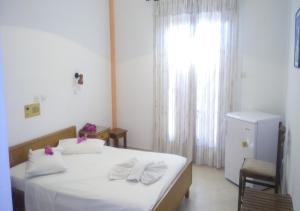 Ξενοδοχείο Αντώνης (Καμάρι)