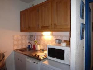 GRANDE CHAUME A 61, Apartmanok  Enchastrayes - big - 9