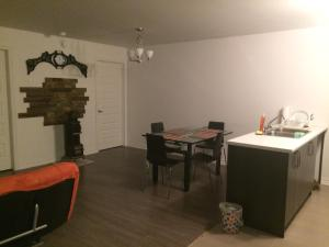 Beautiful Luxury Apt Chemin McConnell, Apartmány  Gatineau - big - 6