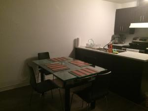 Beautiful Luxury Apt Chemin McConnell, Apartmány  Gatineau - big - 3