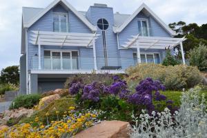 Sapphire Shores Luxury Retreat..