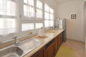 Botteghelle 55, Apartmanok  Salerno - big - 21