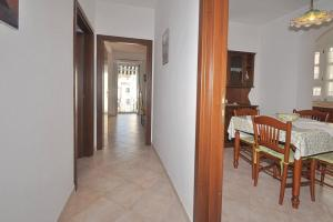 Botteghelle 55, Apartmanok  Salerno - big - 9