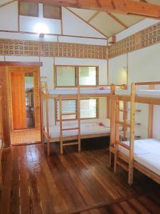 Eskapo Verde, Hostelek  Badian - big - 6