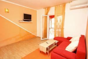 Apartment Vinisce 4886a, Апартаменты  Винисце - big - 4