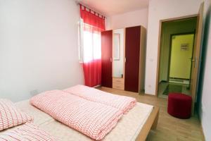 Apartment Vinisce 4886b, Apartments  Vinišće - big - 10