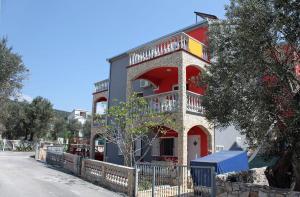 Apartment Vinisce 4886b, Apartments  Vinišće - big - 16