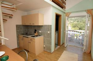 Apartment Vinisce 4886c, Apartmanok  Vinišće - big - 8