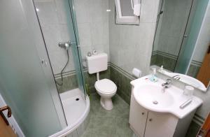 Apartment Vinisce 4886c, Apartmanok  Vinišće - big - 6