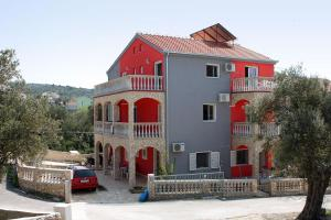 Apartment Vinisce 4886c, Apartmanok  Vinišće - big - 16