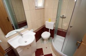 Apartment Vinisce 4886d, Ferienwohnungen  Vinišće - big - 5
