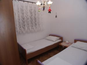 Apartment Grebastica 471a