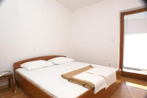 Apartment Grebastica 471c