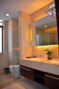 Huan Shi Hot Spring Five-Bedroom Villa, Ville  Conghua - big - 2
