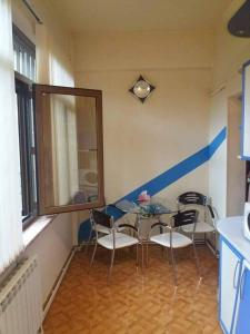 Apartment on Tumanyan/Nalnbandyan Street, Apartments  Yerevan - big - 15