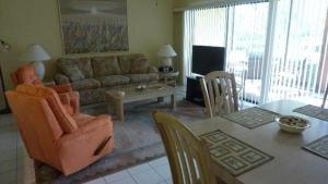 514F, Condo at Sarasota, with Pool View, Nyaralók  Siesta Key - big - 19