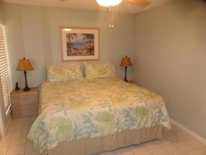 514F, Condo at Sarasota, with Pool View, Nyaralók  Siesta Key - big - 10