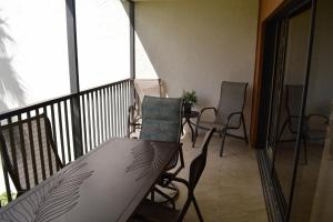 724F, Condo at Sarasota, with Pool View, Holiday homes  Siesta Key - big - 13