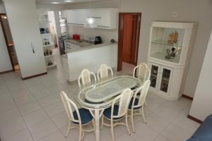 Porto Del Mar - Canasvieiras, Appartamenti  Florianópolis - big - 105