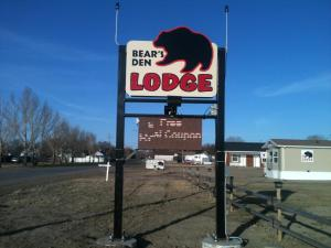 Bear's Den Lodge