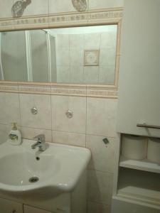 Apartment Cunski 8010b