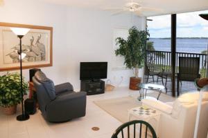 NE Island House 5750 Home, Дома для отпуска  Stuart - big - 2