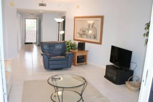 NE Island House 5750 Home, Дома для отпуска  Stuart - big - 3