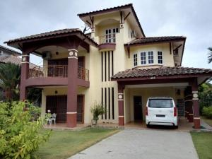 Bungalow Vacation Home Lumut Manjung Sitiawan Venice of Perak