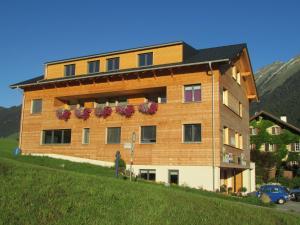 Haus Alpengluehn
