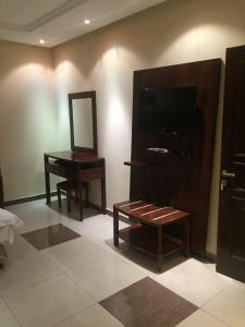 Adeem Furnished Units, Residence  Riyad - big - 3