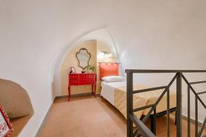 Santo Spirito Frescos apartment, Apartmány  Florencia - big - 10