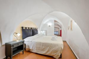 Santo Spirito Frescos apartment, Apartmány  Florencia - big - 9
