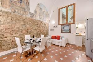 Santo Spirito Frescos apartment, Apartmány  Florencia - big - 15