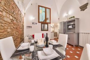 Santo Spirito Frescos apartment, Apartmány  Florencia - big - 14