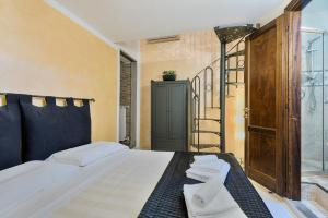 Santo Spirito Frescos apartment, Apartmány  Florencia - big - 8
