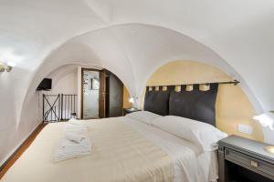 Santo Spirito Frescos apartment, Apartmány  Florencia - big - 5