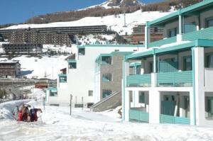 Villaggio Olimpico - Apartment - Sestrière