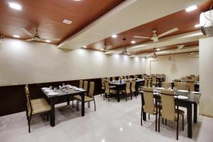 Daksh Hotel And Restaurant, Hostelek  Sasan Gir - big - 27
