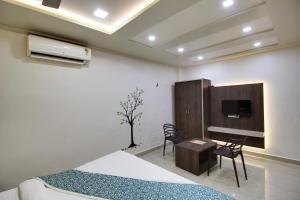 Daksh Hotel And Restaurant, Hostelek  Sasan Gir - big - 37