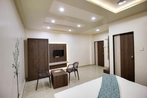 Daksh Hotel And Restaurant, Hostelek  Sasan Gir - big - 38
